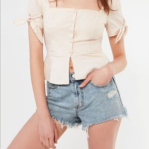 Urban Outfitters Girlfriend Hi Rise Shorts SZ 26